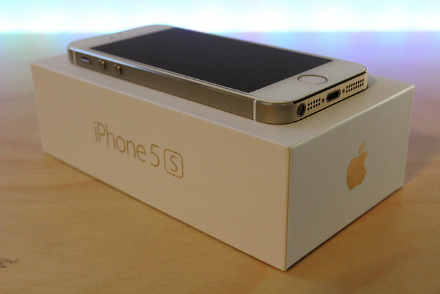 Gold  iphone 5S.jpg