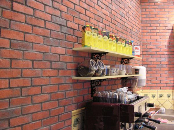 Wirecut brick smoky red2.jpg