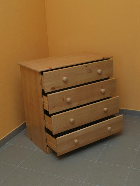 4 drawer chest_mb.jpg